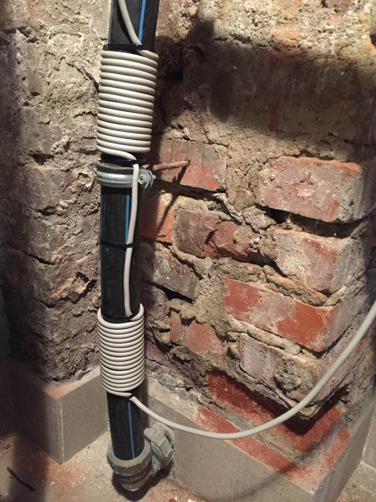 nowoczesne_urzadzenie_do_odkamieniania_instalacji_z_twardej_wody