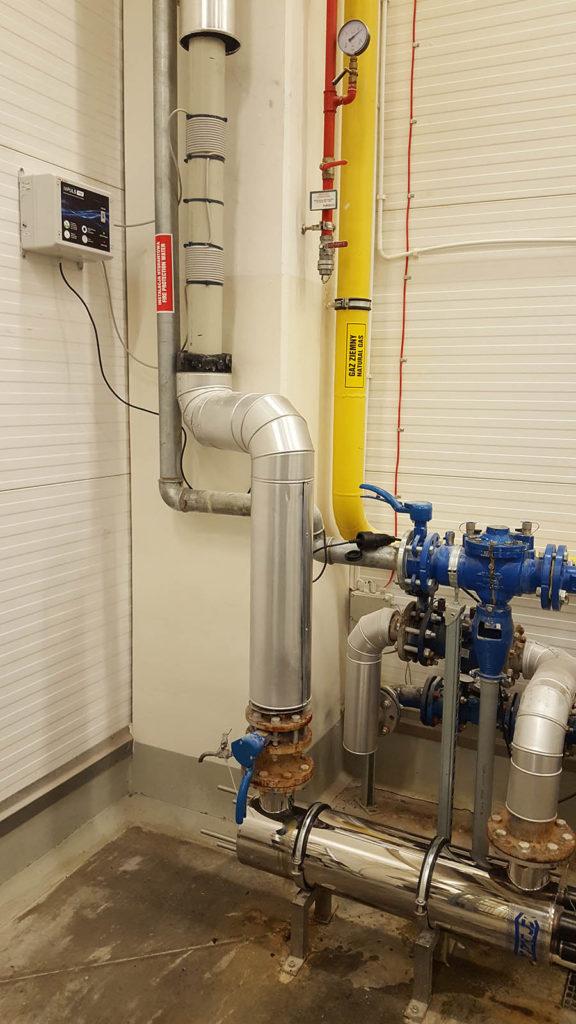 zmiekczanie_wody_na_caly_obiekt_odkamienianie_instalacji_oczysczanie_z_biofilmu_elektromagnetyczne_urzadzenia_do_uzdatniania_wody